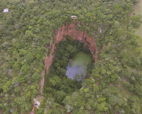 Buraco das Araras – Vista aérea do Buraco 2 das Araras Bonito MS Brasil Bonito Incomparável