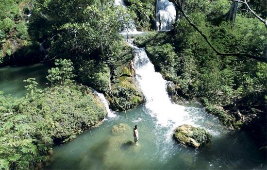 Ceita Core - Trilha das 6 Cachoeiras banho de cachoeira Bonito MS Bonito Incomparável