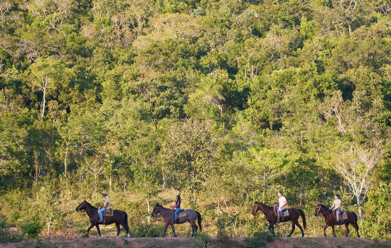 Passeio Estância Mimosa - Passeio a cavalo Bonito MS Foto Daniel De Granville