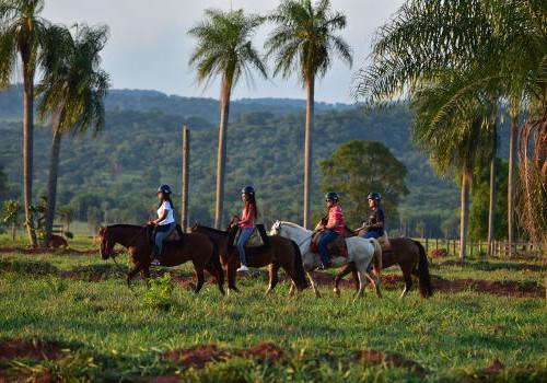 Passeio Recanto Ecológico Rio da Prata - Passeio a cavalo na Fazenda Cabeceira do Prata Foto divulgao